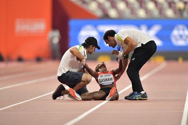 Tigist Gashaw menetti tajunsa kesken 5 000 metrin MM-alkuerän.
