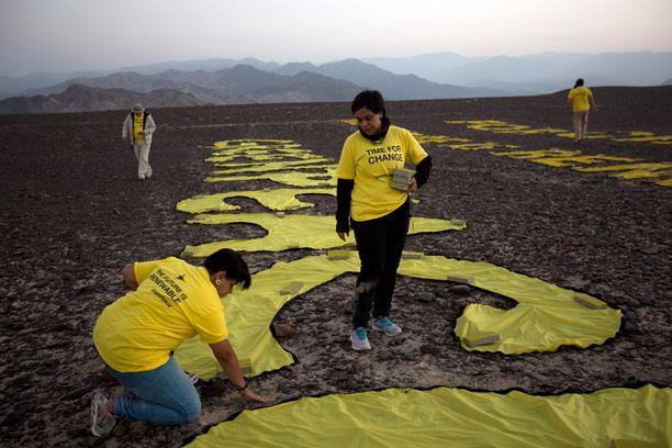 Aktivistit levittivät viestinsä maahan.