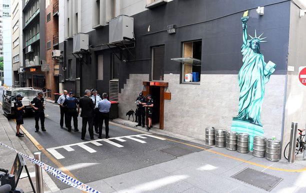 Poliisi eristi surmapaikan Brisbanessa heti.