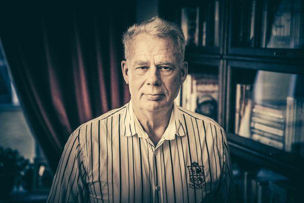 Stefan Brandt, 71, on hallituksen puheenjohtaja.