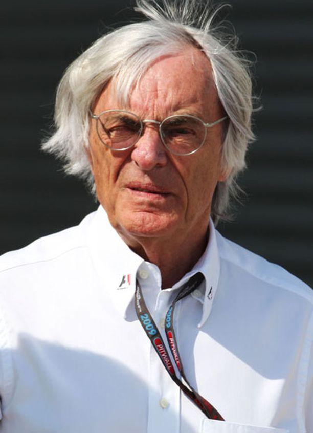 Bernie Ecclestone oli mukana junailemassa Nokiaa F1-sirkukseen.