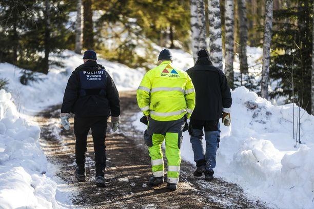 Poliisi on luvannut tiedottaa tapauksesta lisää perjantaina iltapäivällä.