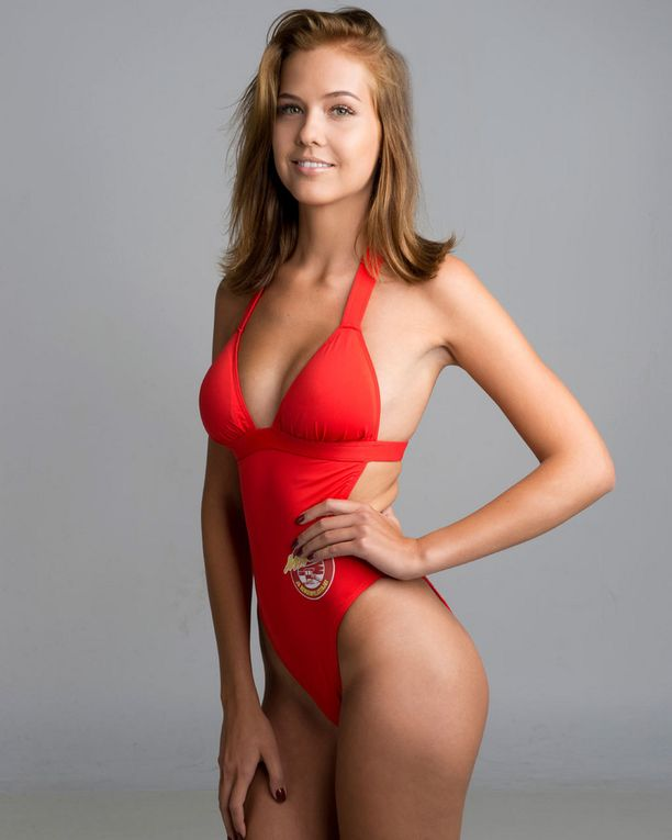 Jasmin on nähty myös Martina ja hengenpelastajat 2 -sarjassa.