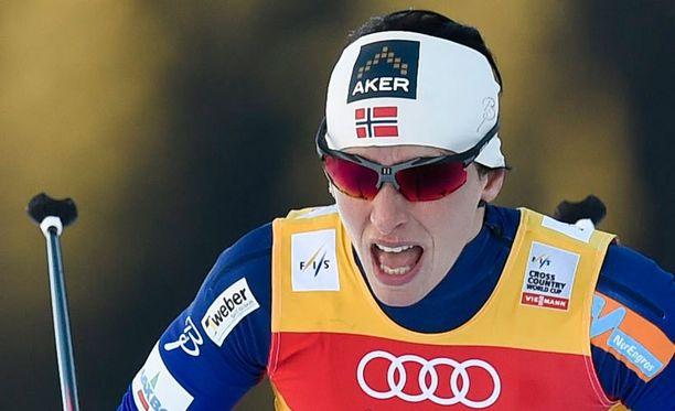 Marit Björgen johtaa maailmancupia.