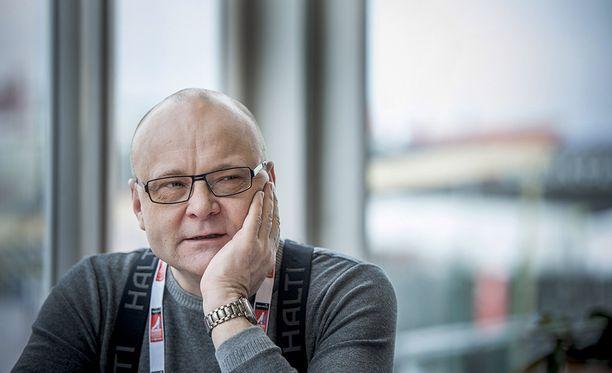 Jopa Tapio Suominen tekee joskus virheitä. Arkistokuva on vuoden 2015 MM-hiihdoista, jotka Suominen veti läpi tiettävästi täydellisesti.