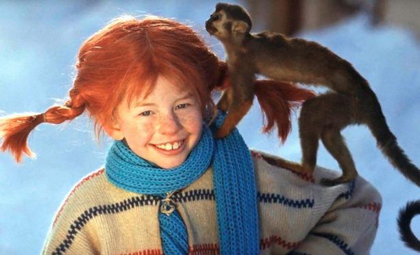 Ingrid Nilsson Peppi Pitkätossuna vuonna 1969. Useimmiten elokuvien apinalla oli vaatteet päällään.