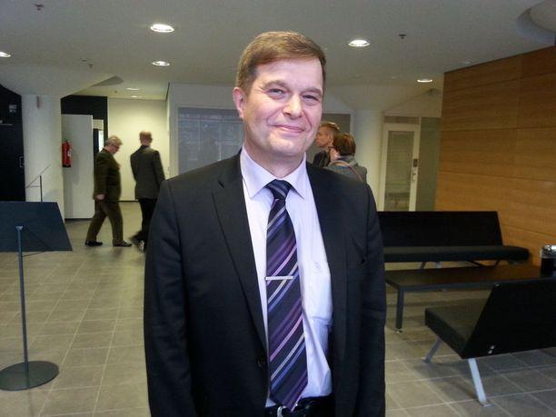 Jutun tutkinnanjohtajana toimi Helsingin väkivaltarikosyksikön johtaja, nykyinen kansanedustaja Kari Tolvanen (kok).