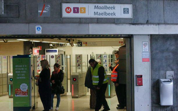 Maalbeekin metroasema oli suljettuna iskun jälken kuukauden päivät ja avattiin liikenteelle huhtikuun lopussa.