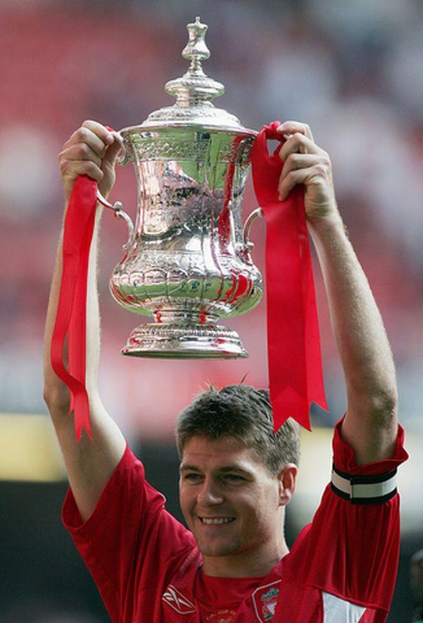 Steven Gerrard on uskomaton pelaaja.