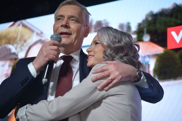Rinne julisti lopulta SDP:n vaalivoittajaksi, mutta myönsi heti alkuun, ettei tulos ollut niin hyvä kuin oltiin odotettu.
