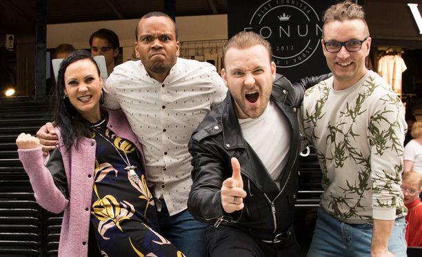 Mira Luoti ja Ernest Lawson juontavat, Sampo Marjomaa toimii tanssilähettiläänä ja koreografiasta vastaa Petri Kauppinen.