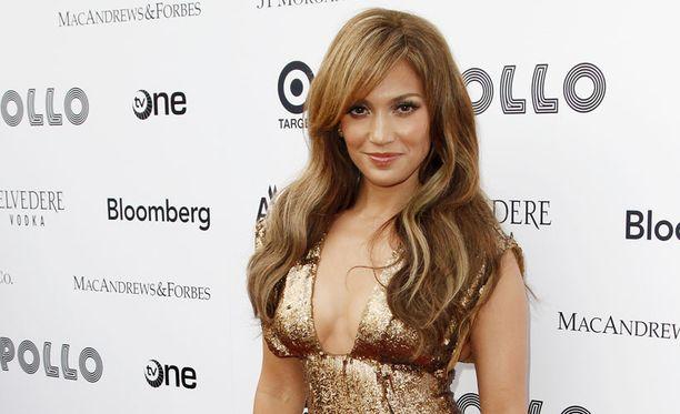 Jennifer Lopez tekee uuden aluevaltauksen.