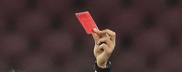 Punakortti viuhui neljästi viime sunnuntaina Vasco da Gaman ja Flamengon välisessä ottelussa.