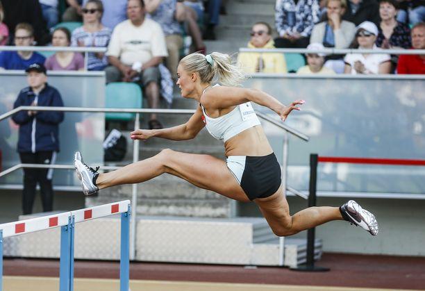 Lotta Harala keskeytti 100 metrin aidoissa Jyväskylän GP-kisassa keskiviikkona.