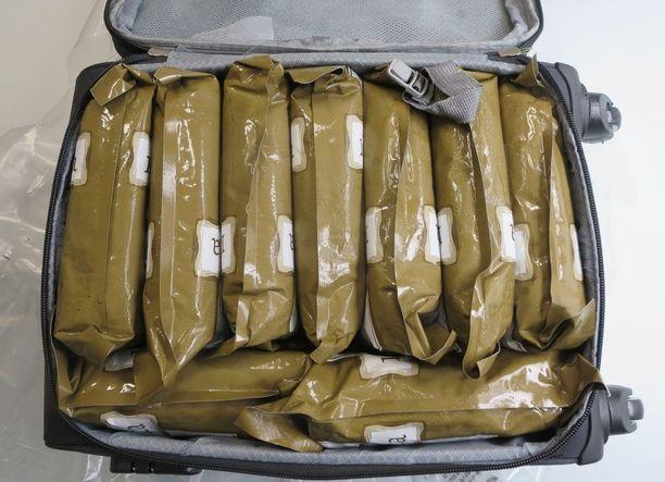 Länsi-Uudenmaan poliisilaitos on takavarikoinut 20kg amfetamiinia Hangon satama-alueelta.