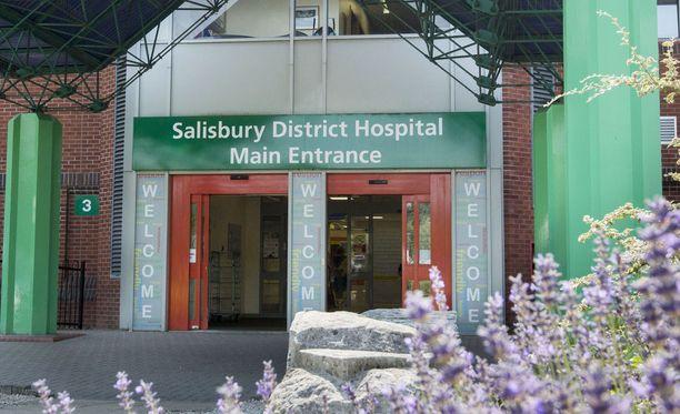 Rowleyta hoidettiin sairaalassa kolme viikkoa.