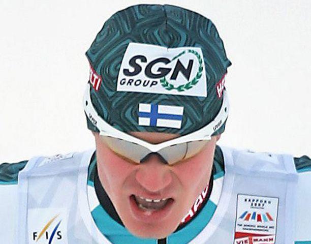 Janne Ryynänen oli mäkiosuuden jälkeen kärjessä.