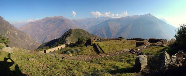 Panoraamakuva osoittaa, kuinka rauhallista Choquequiraossa tällä hetkellä on.