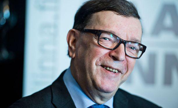 Europarlamentaarikko Paavo Väyrynen ilmoitti helmikuussa perustavansa oman puolueen. Kansalaispuolue puolustaa Väyrysen mukaan Suomen itsenäisyyttä ja puolueettomuutta.