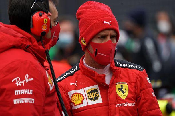 Sebastian Vettelillä ei ole juuri ilonaiheita tällä hetkellä.