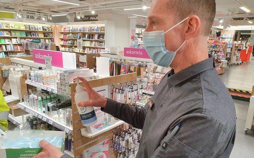"""IL seurasi, miten maskipakko toimii Itiksessä: """"Maskin käyttö on henkilökohtainen asia"""""""