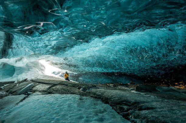 Vatnajökull - Euroopan suurin jäätikkö - sisältäpäin nähtynä.