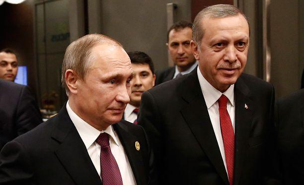 Putin tapasi Turkin presidentti Erdoganin marraskuun puolivälissä Antalyassa.
