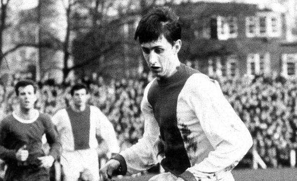 Johan Cruyff pelasi vuonna 1967 Ajaxissa.