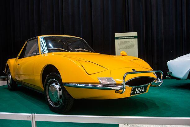 1967-73 valmistettua Matra M530:stä moni messuvieras ei ollut nähnyt koskaan aikaisemmin. Moottorina Taunuksesta tuttu 1.7-litran V4.