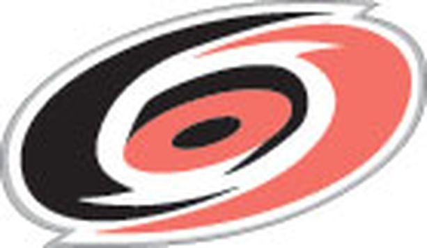 Suomalaisjoukkue Carolina Hurricanes voi täydentyä muutamalla uudella suomalaisella.