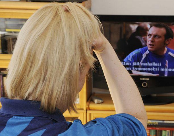 Pelkkä television sammuttaminen ei riitä tekemään ihmisestä onnellista, tutkija korostaa.