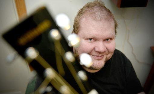 Sepi Kumpulainen julkaisi yllättäen uutta musiikkia.