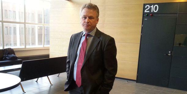 Rikosylikomisario Rabbe von Hertzen tuomittiin Helsingin hovioikeudessa sakkoihin virkavelvollisuuden rikkomisesta.