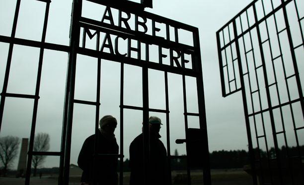 Euroopan juutalaiset kokevat uhkaa äärioikeistosta ja ääri-islamistisista ryhmistä. Tänään on Auschwitzin keskitysleirin vapauttamisen 70-vuotispäivä.