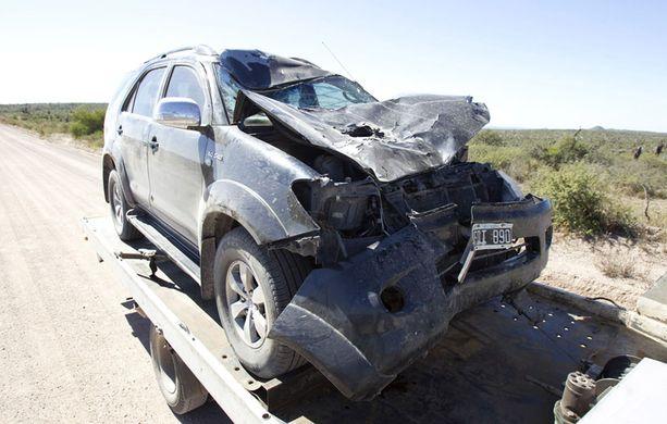 Auto romuttui täysin. Oli suoranainen ihme, ettei Katielle ja ratissa olleelle Leandrolle käynyt pahemmin.