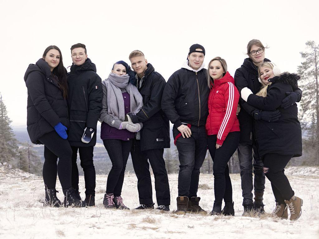 Tällä TIS-kaudella parisuhdettaan testaavat Sonya ja Mitte, Julia ja Henkka, Mika ja Mirkku sekä VP ja Anna.