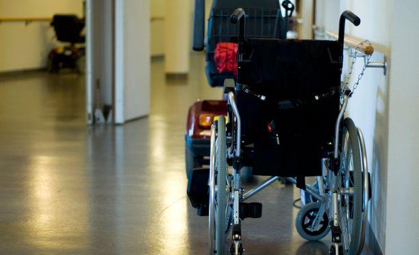 Vaasalaismies vietti viimeiset vuotensa laitoshoidossa. Testamentin hän teki jo seitsemän vuotta ennen kuolemaansa.