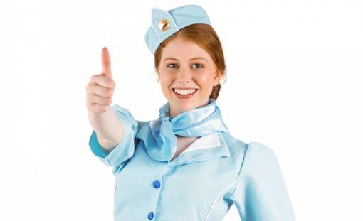 Lentohenkilökunta kyllä tietää, miten yläilmoissa liidellessä pysytään parhaiten kunnossa.