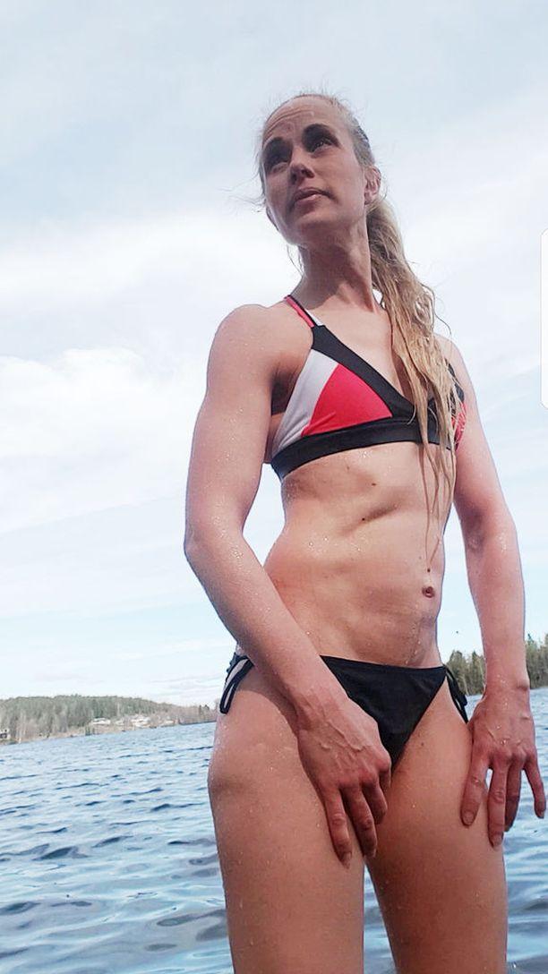 Sariina, 42