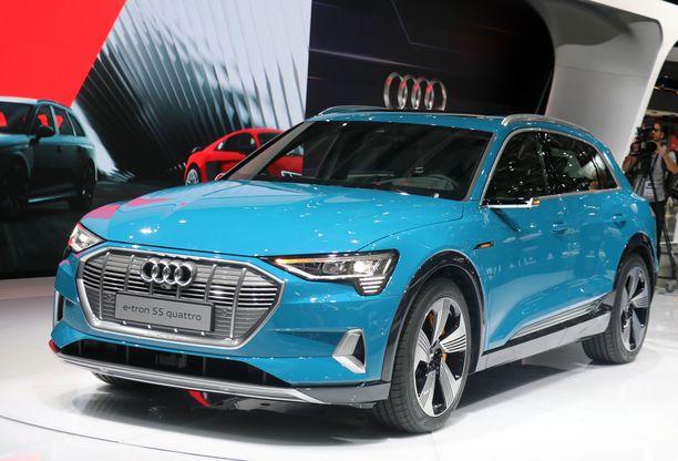 Audi e-tron S5 quattro on Mercedeksen ohella haastamassa Teslaa.