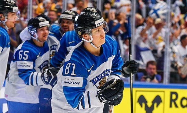 Eeli Tolvanen on tullut MM-jäille raikkaalla jalalla.