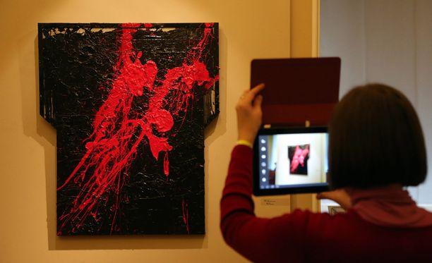Näyttelyssä on esillä 36 teosta.