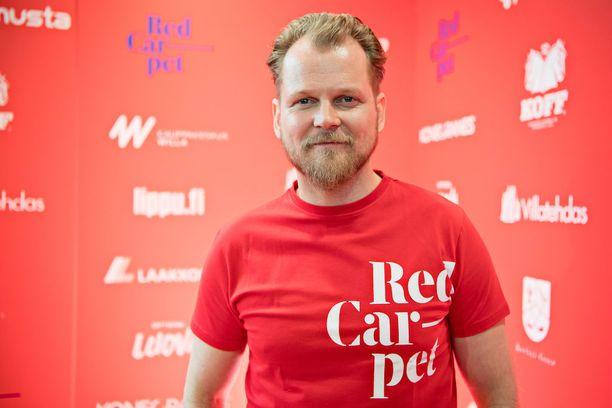 Näyttelijä Antti Luusuaniemi on Red Carpet -festarin perustaja. - Kaikki on mennyt todella hienosti, enkä ole viettänyt yhtään unetonta yötä.