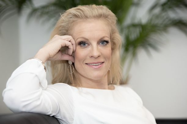 Laura Voutilainen nousi 18-vuotiaana suursuosioon.
