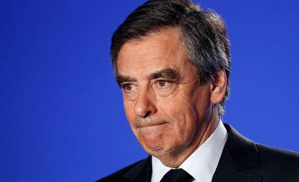 Ennusteiden mukaan Francois Fillon häviäisi Marine Le Penille vaalien ensimmäisellä kierroksella, mutta voittaisi hänet toisella kierroksella.
