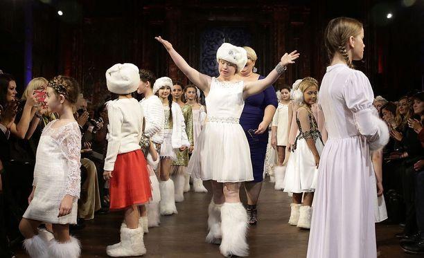 Madeline nähtiin jo toistamiseen New Yorkin muotiviikoilla.