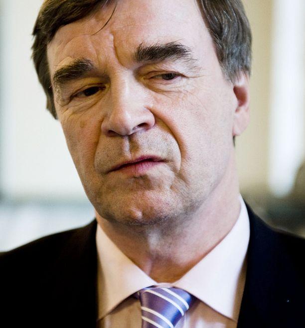 Timo Kalli ei saapunut eduskuntaan puolustamaan näkemystään.