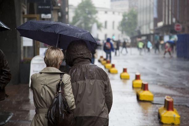 Syyskuun normaali sademäärä saattaa sataa ainakin Etelä-Suomeen jo ennen kuun puoliväliä.