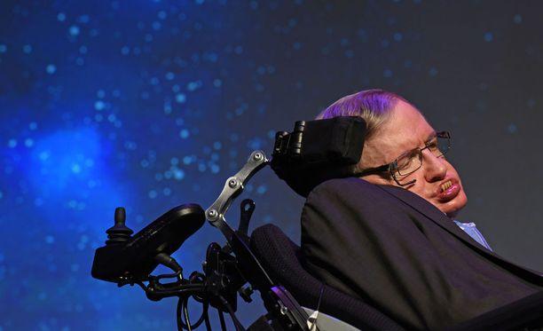 Fyysikko Stephen Hawking sairasti lihaksia rappeuttavaa ALS-tautia.