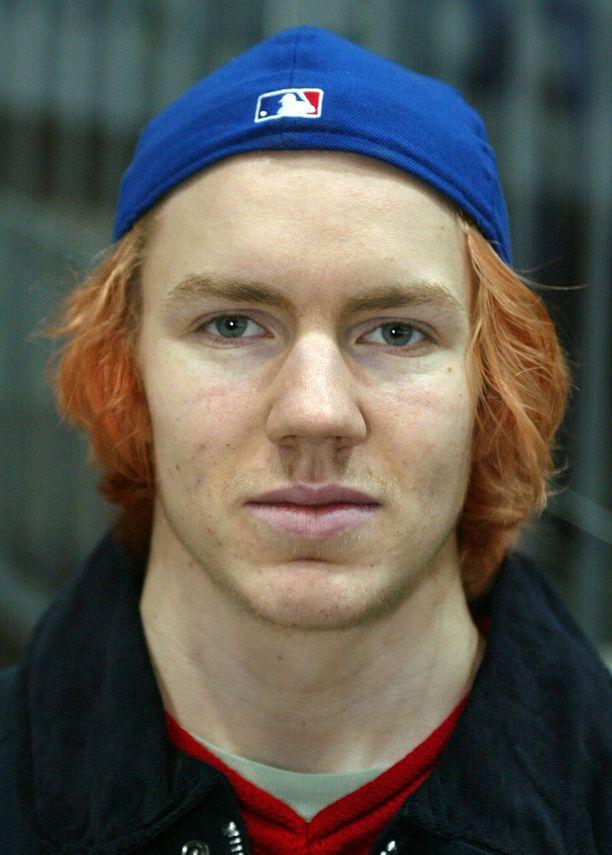 Joni Lindlöfin tukkamuotia vuonna 2002.